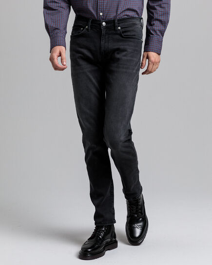 Maxen Extra Slim Fit Active-Recover Black Jeans
